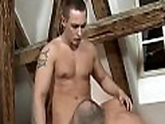 Hot hunk gets a unfathomable ass drilling from julia doktor masseur