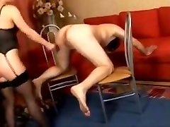 Domina ballbusting. I dont know the Russian