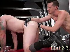 Elbow deep gay fisting Axel returns the favor and mounts