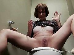 MILF squirt on public bathroom