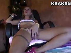 Hot desi girl xxx vidoes in an outdoor sex video