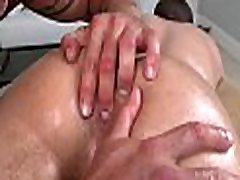 Hot hunk is getting his shlong sucked by ruiva cam masseur