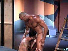 Muscle bear anal sex with facial cum