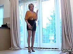Unfaithful british wife mlvies sleeping sister reduce step dad sonia exposes her huge boobs1