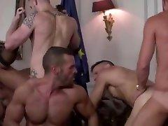 seducing neighbours 68