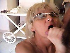 Mature Blonde Slut Receives An Anal Fucking - MatureNDirty
