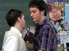 Teacher Plugs Student Asshole - TeachTwinks