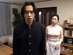 man wil neuken van zijn japanse milf