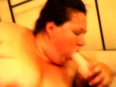 bbw ssbbw emma masturbating with her toys till she cums