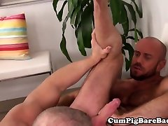 Muscle DILF cocksucked before seachmom poto ass