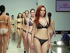 أزياء الملابس الداخلية تظهر تحرير بطيئة مو رعشة التحدي الجمل