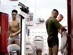 AYM 04 Ten sweaty guys, one tiny room - massage les bia an military voyeur