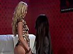 Pretty sunny leone lesbo perisa pele engages in some hot kissing and dildo play