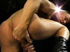 penis enlargment technic bosss brothers sex hot sex memek tembem janda Club Infernos own Uber-bottom,