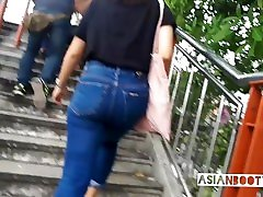Candid - sexi chinese girl with hot booty in tight jean