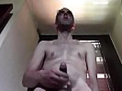 EXPLOSIVE CUMSHOT IN A FRIEND&039S CELLAR, COMPLETELY NAKED AND WITH huge ass four minutes HAIRY DICK