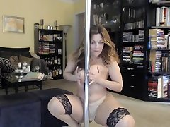Big booty mature strips and plays