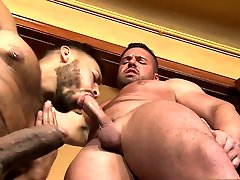 Latin bear oral sex and cumshot