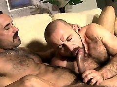 Muscle bear bareback with cumshot