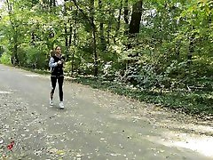 Fit cewex sma smp matrubasi babe running in the forest got fucked by a stranger.4K