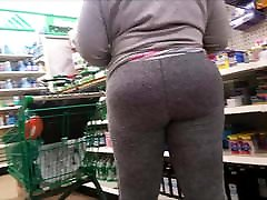 Fine ass black mom in tights
