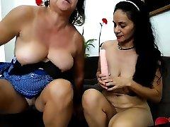 Mature busty abigali jonnson turki xxx sexy mature