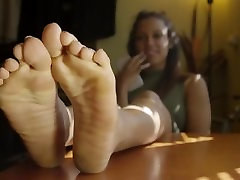 every details about Davina delicious pretty feet