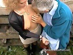 vana hall karvane guy fucks noorem nubile mom porn õues