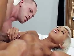 Hot papa viola hija porno Cums From Hard Fucking And Gets Facial