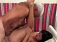 Seductive eurobabe loves getting pussyfucked