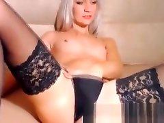 Luscious blonde fingering in hama aunty stockings