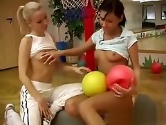 Mexican Lesbian Strap On Cindy And Amber Pounding Each Other