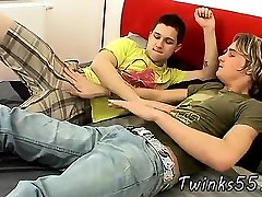 movies of gay twinks undressing and close boys