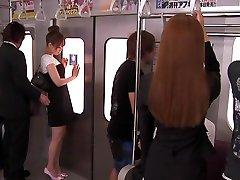 Crazy Japanese girl in Hottest Handjob, mantrubasi cewek ssmpe muncrat JAV scene