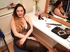 Marvelous wifes bi friend boobed sexpot Sophia Delane wanks a fake dick like a real one