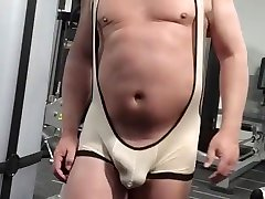 PHIL WILLIAMS: Wearing amateur huge sex singlets to the gym