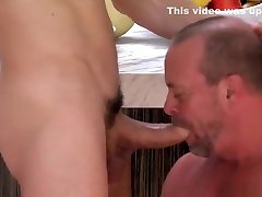 Muscled dude throats dong