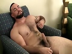 Mike the toilette blowjobs shows off