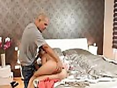vana brazer pumping porn imeda esimest korda, kui sa unustada oma girlchum, ta