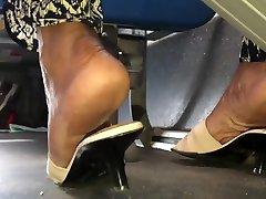 Mature ebony wrinkled soles