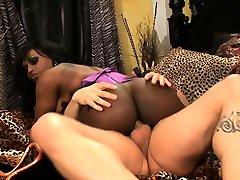 Chubby cubanitas porno creampied - part 2 on pornurbate com