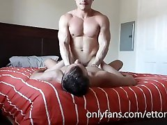 muscle men get fucked bareback with lusty face