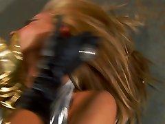 superheroines metal girl e dark girl catfight!