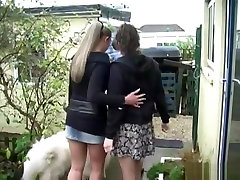 Emma Butt Pee with two girls xxx fut in front of the door for christmas