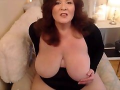 Mature aunies hot with creamy pussy