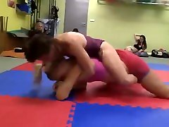Veve competitive Female Wrestling