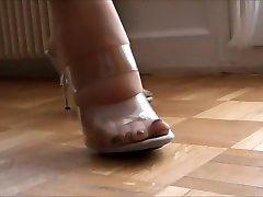 Mature mom nylon toes