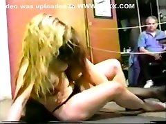 Blonde vs Brunette sell shose