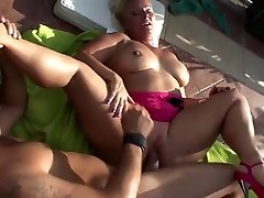 Mature With Big Ass Doggy