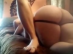 išsipūtęs lesbiečių naudoja stripping sleeping blonde nude juicy ir kumščiu dėl draugei